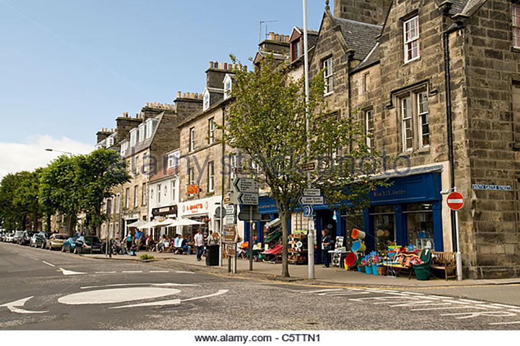 south-street-st-andrews-fife-scotland-c5ttn1